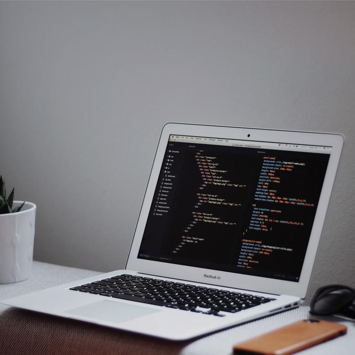 【Web系】Webサイトに特化したプログラミング